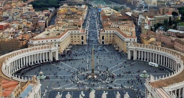 Best Walking Tour In Rome: Vatican City And Colosseum