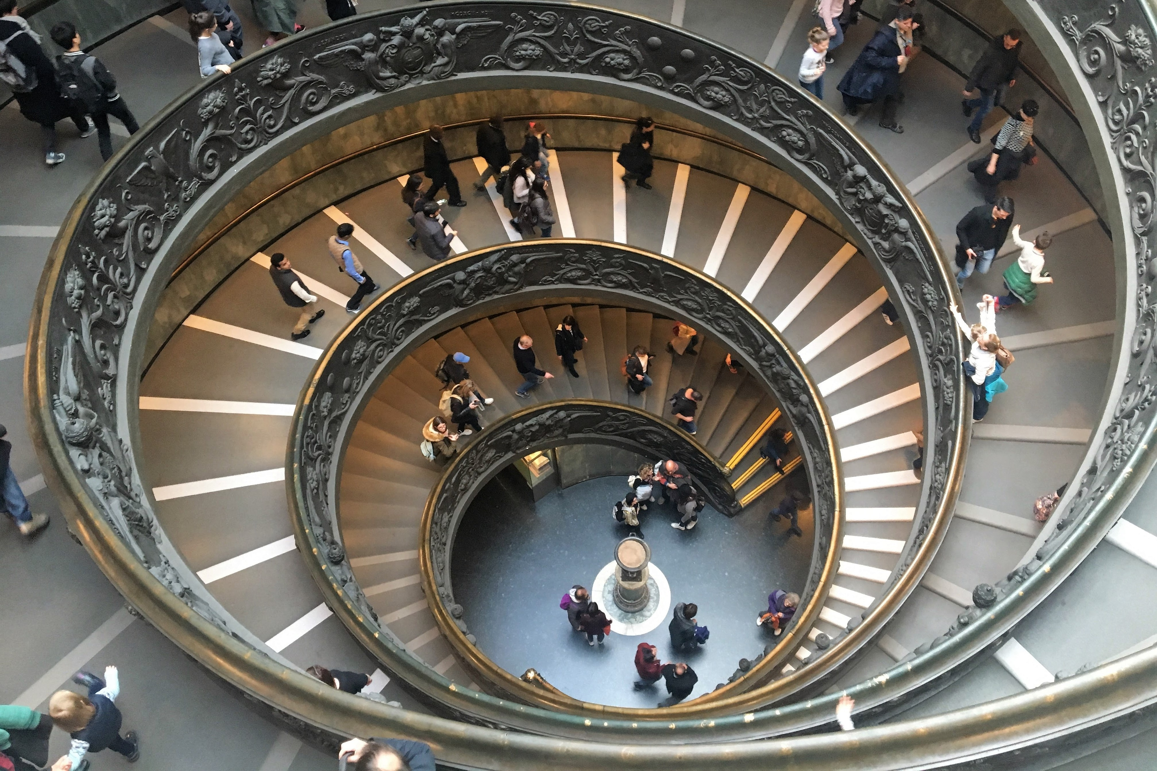 Are The Best Vatican Tours Guided Or Not Guided?