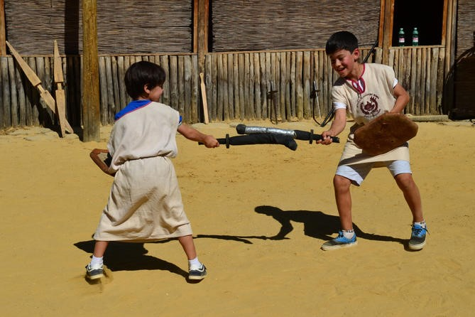 What Family Tours In Rome Can't Miss Out: Being A Gladiator For A Day