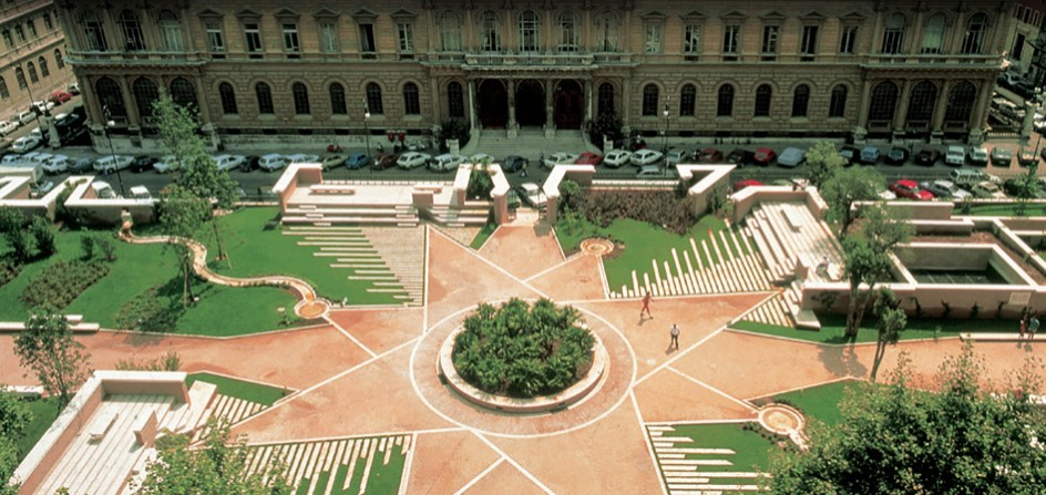 piazza dante restauro anni 90