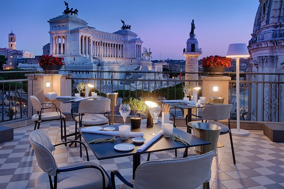nh-collection-fori-imperiali-rooftop-bar